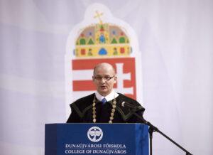 András István