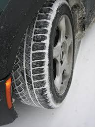 Téli gumival biztonságosabb a közlekedés